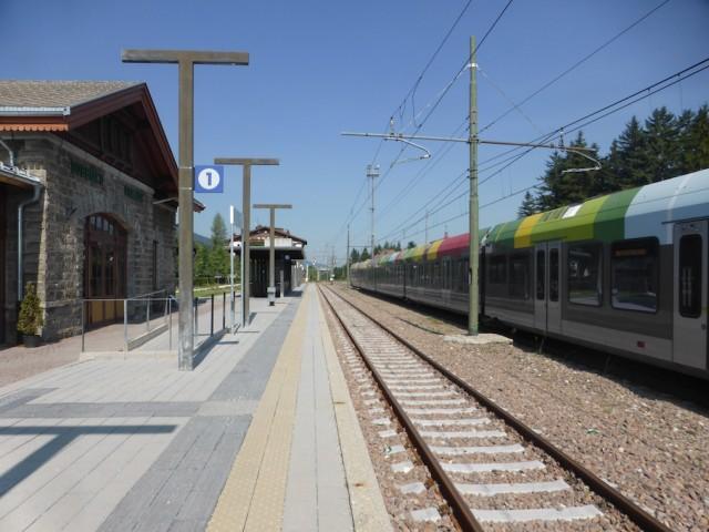 ドビアッコ駅